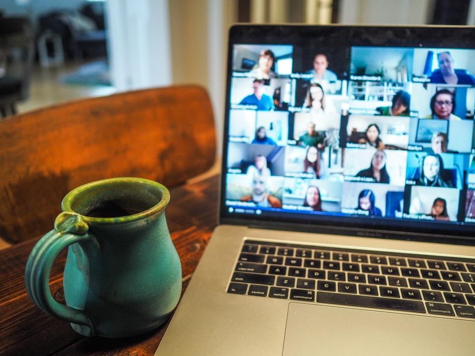 få et nærværende online foredrag om nudging og adfærdsdesign